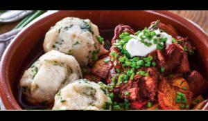 Ungarisches veganes Gulasch